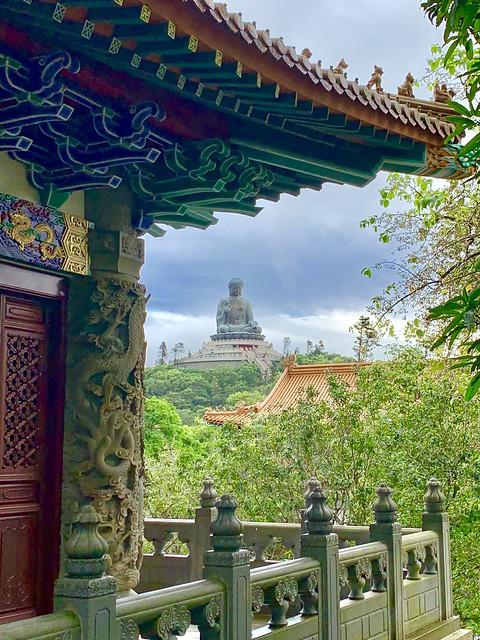 The Tian Tan Buddha from Po Lin Monastery, Hong Kong. Taken by Cometan.