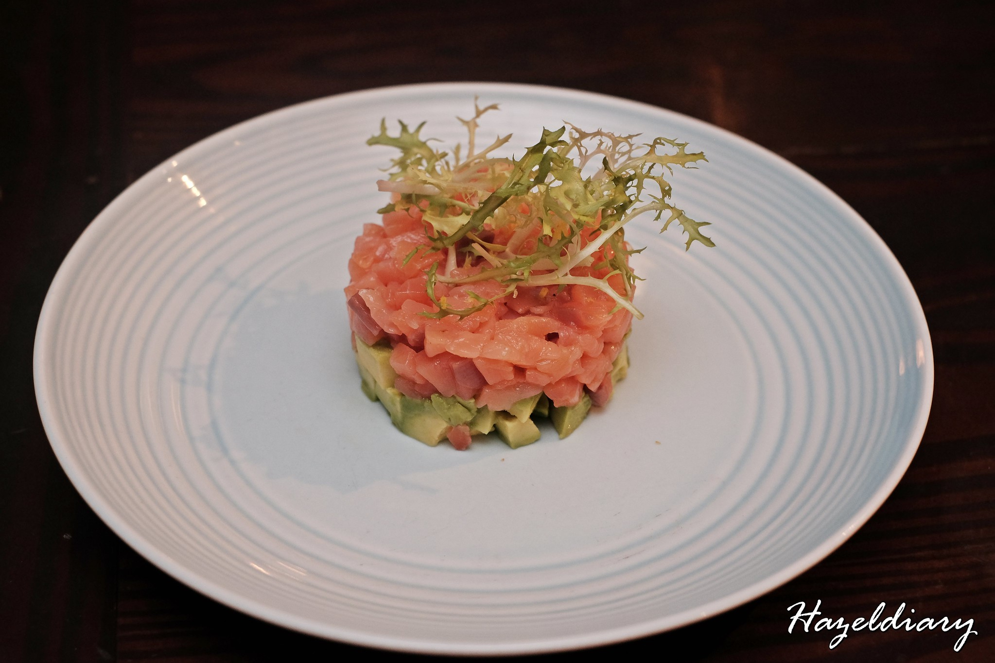 SONS-Cured Salmon Tartare, Avocado & Wholewheat Crostini