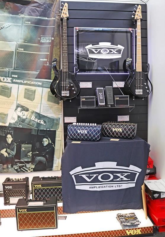 Vox (2)
