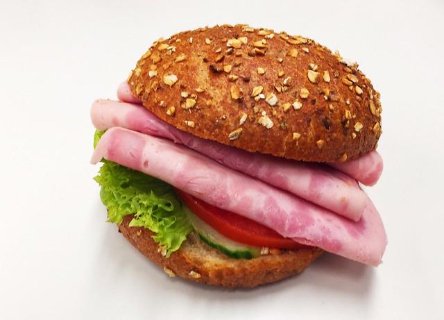 Sausage bun / Wurstsemmel