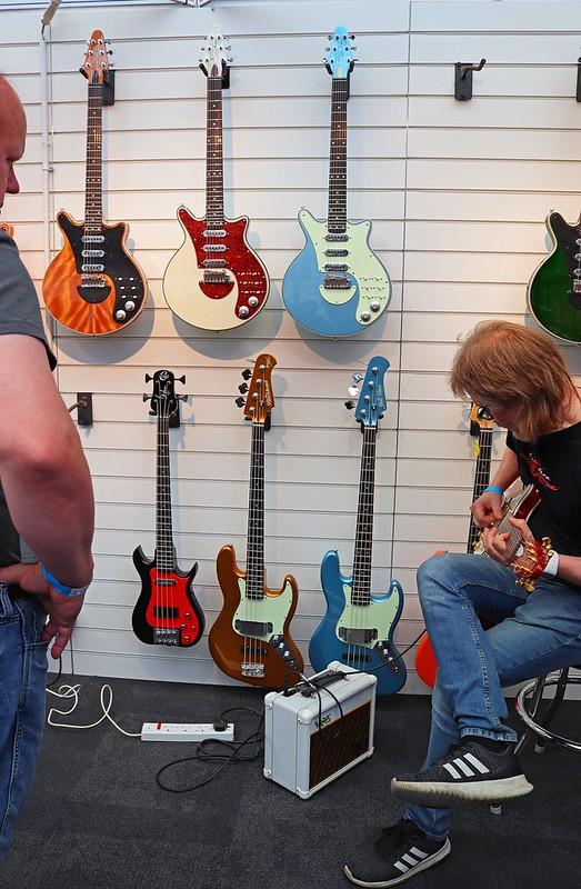Brian May Guitars (3)
