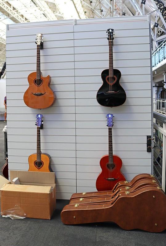 Brian May Guitars (2)