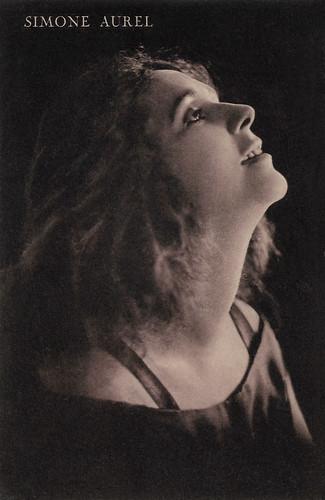 Simone Aurel