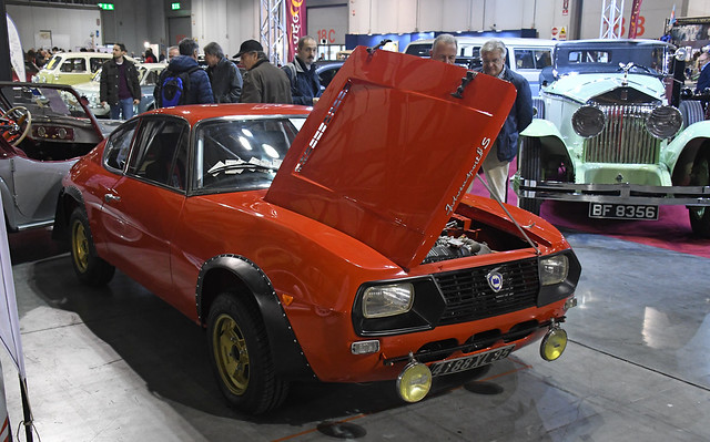 Lancia Fulvia sport Zagato 1300 S // 4188 XL 95