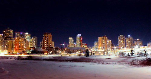 travel canada alberta ab calgary nighttime nighttimephotograhy longexposure night winter seasons snow ice city cityscape skyline urban lights canon bigcity skyscrapers buildings architecture northamerica canoneos500d