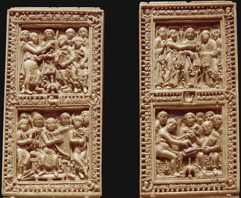 28 Две пластины из слон. кости. Аахен. Мастерские дворца Карла Вел. VIII в. Лувр