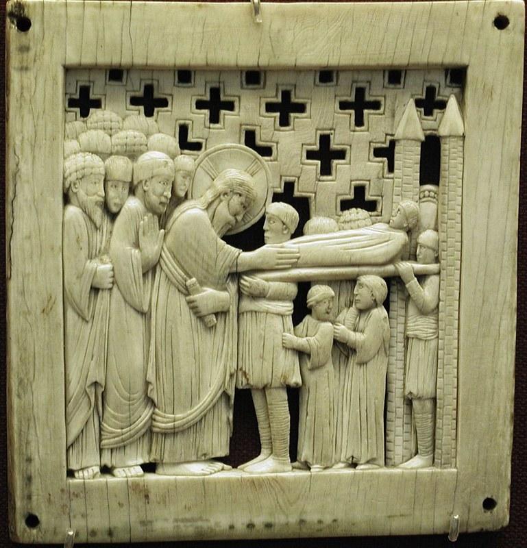66а Воскрешение сына Наинской вдовы. 962 - 968г. Магдебургские пластины. Милан. X в