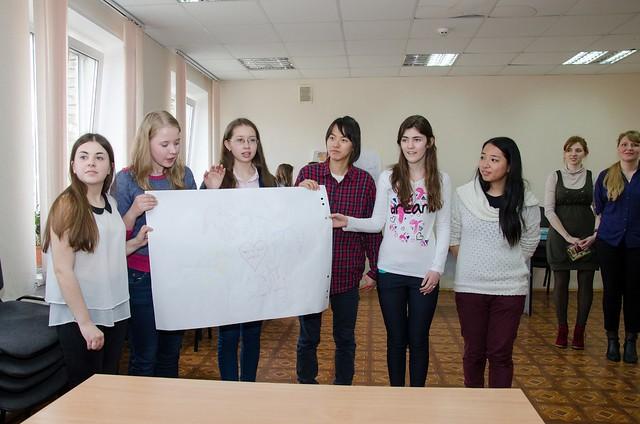 Ukraine-2015-04-02-Ukrainian, Korean Pupils Learn Peace School Lessons