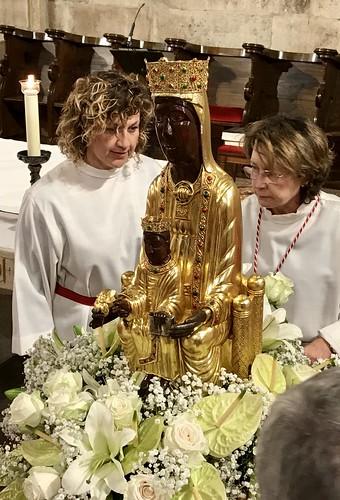 La imagen peregrina de la Virgen de Torreciudad visita San Juan. Octubre 2019