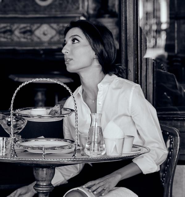 Il m'a croquée dans un café, à Venise