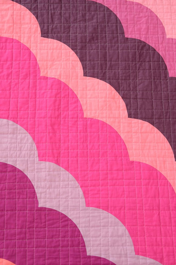 The August Quilt in Pinks and Purples - Kitchen Table Quilting