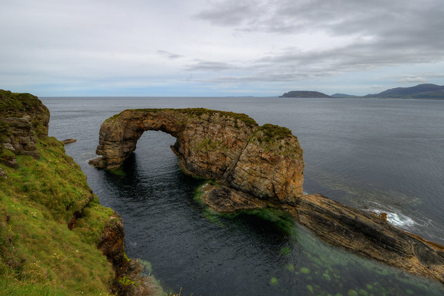 GREAT POLLET SEA ARCH, STOOEY, FANAD, CO. DONEGAL, IRELAND.