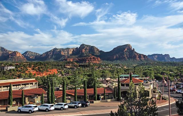 Uptown Sedona and the Red Rock Valley-Sedona Arizona 07593