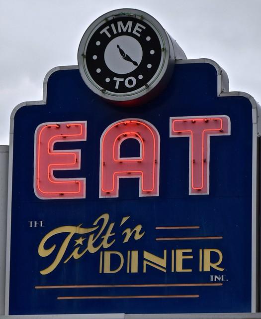 Neon EAT Sign