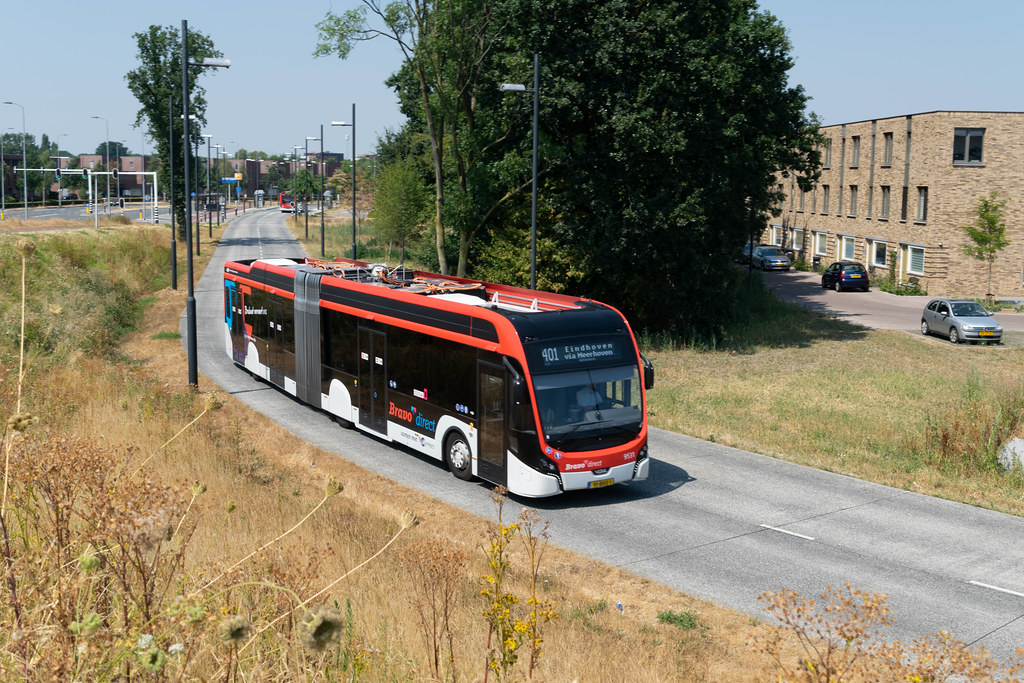Электробус в Эйндховене