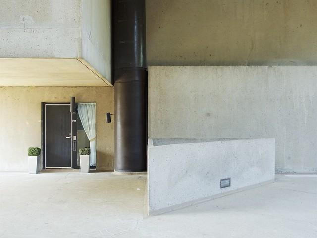 Habitat 67 - Apartment Entrance