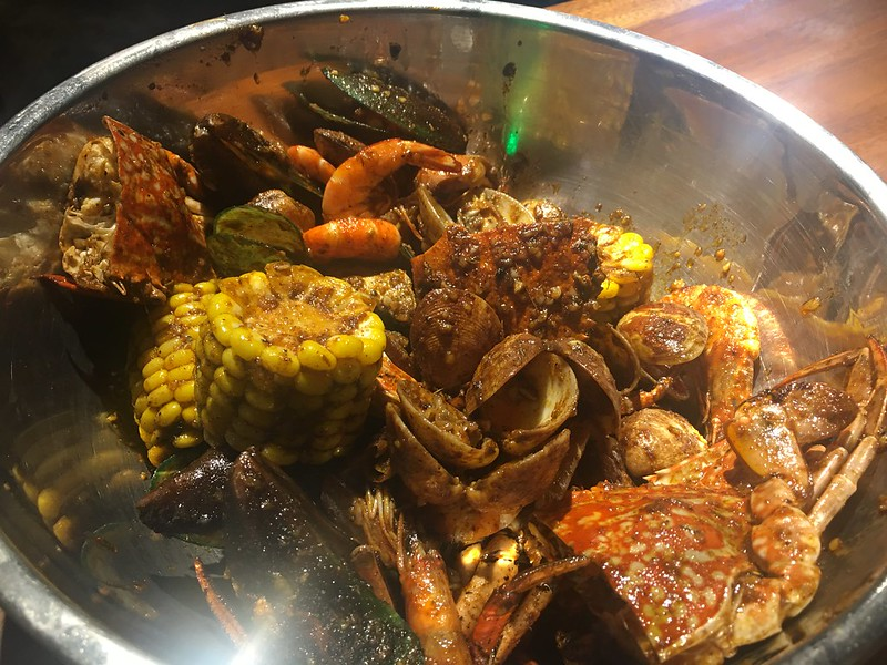 Dampa Seafood Grill, Tomas Morato