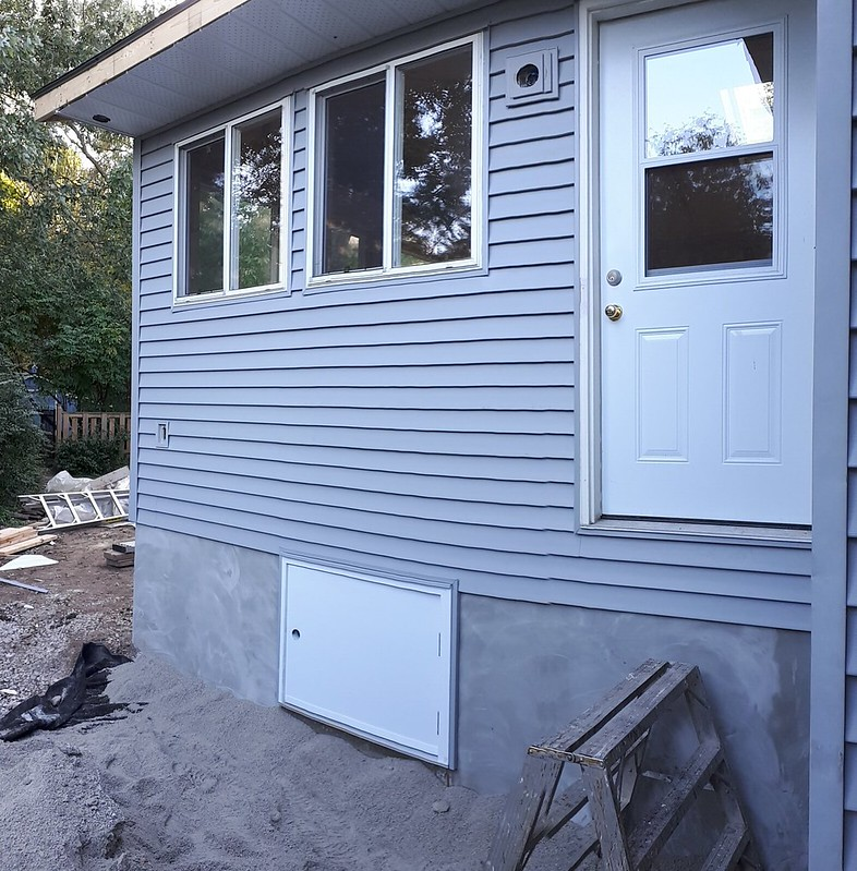 Siding, Door (Day 30) 2019-10-09 17.16.39