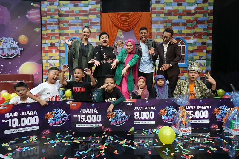 Group Photo 'Raja Lawak Junior' Finale