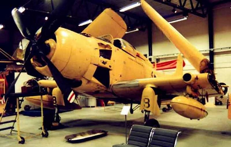 Douglas Skyraider AEW.1 00001