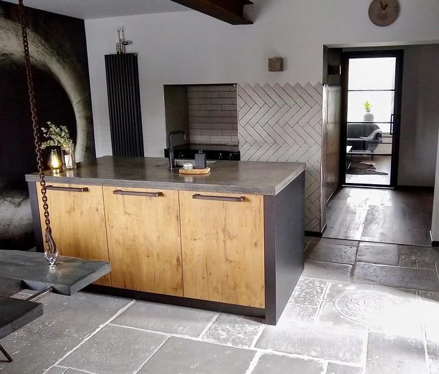 Industriële stoere keuken met kookeiland