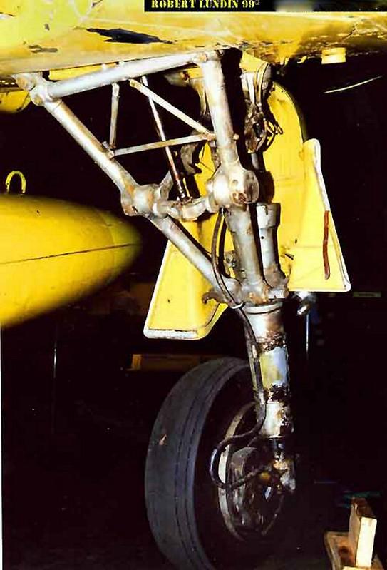 Douglas Skyraider AEW.1 00003