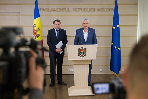 """10.10.2019 """"Criza nucilor și implicațiile sale legal-economice"""" - conferință de presă Igor Muneanu și Alexandr Slusari"""