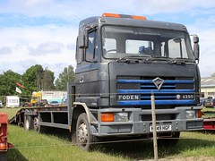 Nivek.Old.Gold posted a photo:	1995 Foden 4350 beavertail.