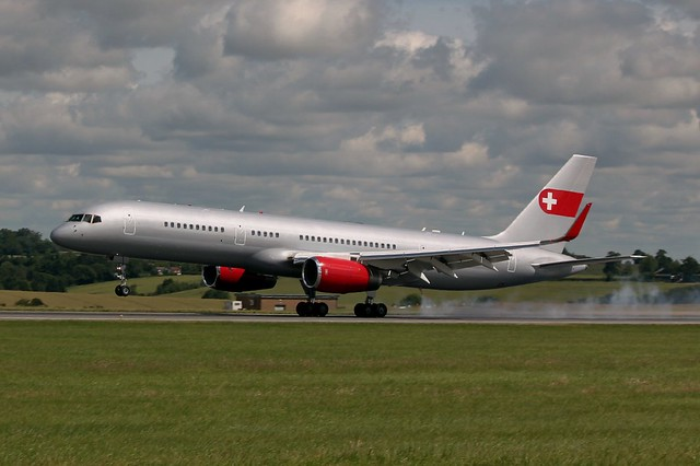 HB-IEE : Boeing 757-200 Privatair