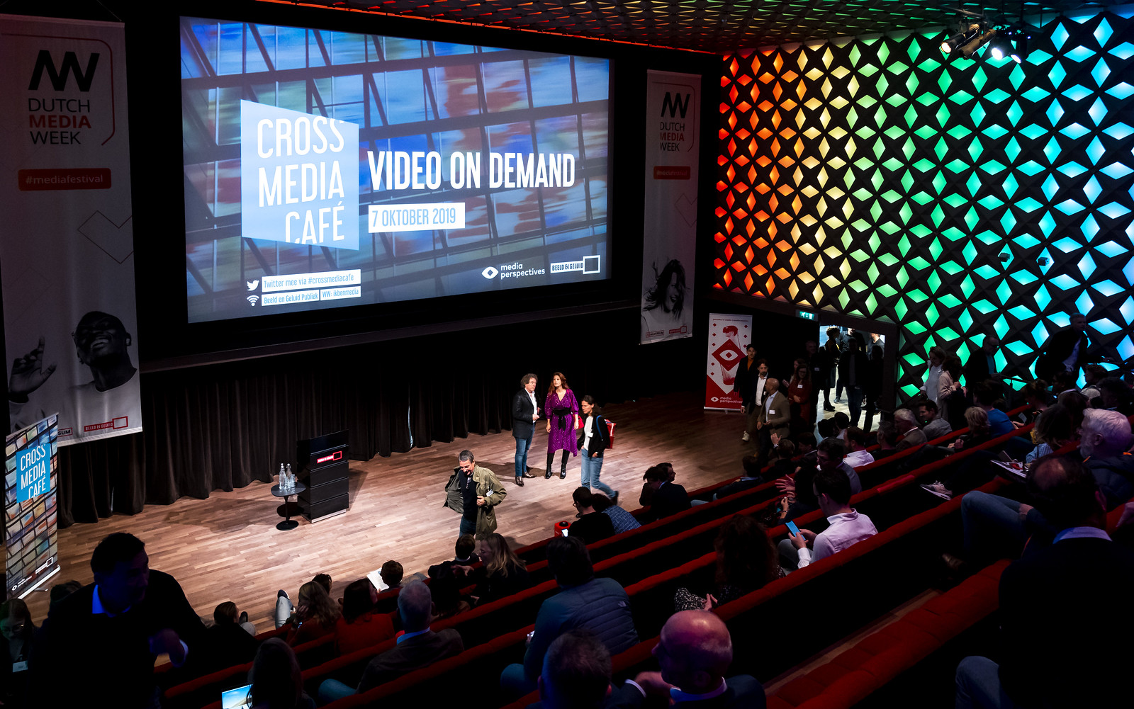Cross Media Café Video on Demand