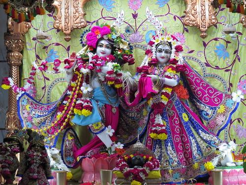 ISKCON Vallabh Vidyanagar Deity Darshan 10 Oct 2019