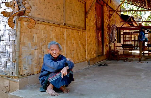 Laos- village along Nam Ou river