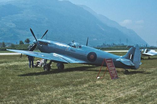 Supermarine Spitfire Mk.XI PL983