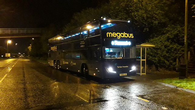 YX69LCE Megabus Panarama