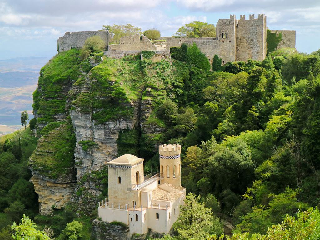 Castelo di Venere cerca de Trapani
