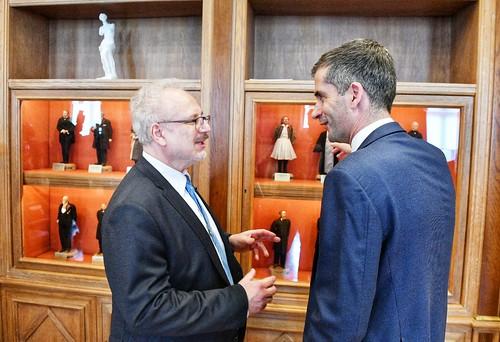 Valsts prezidents Egils Levits tiekas ar Atēnu mēru Kostu Bakojani (Kostas Bakoyannis)