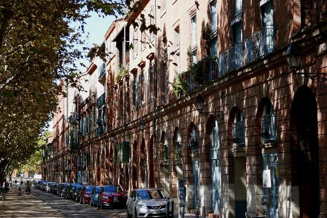 Jeux de lumière, quai Lucien Lombard, Toulouse, Haute-Garonne, Occitanie, France.