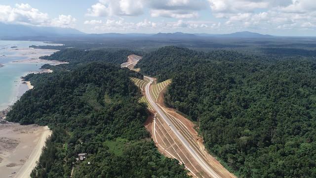 1103_보르네오 횡단 고속도로의 비용, 운영 및 유지보수를 최적화하는 벤틀리의 연결 데이터 환경(2)