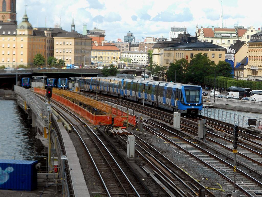 "Метро Стокгольма. Станция ""Gamla Stan""."