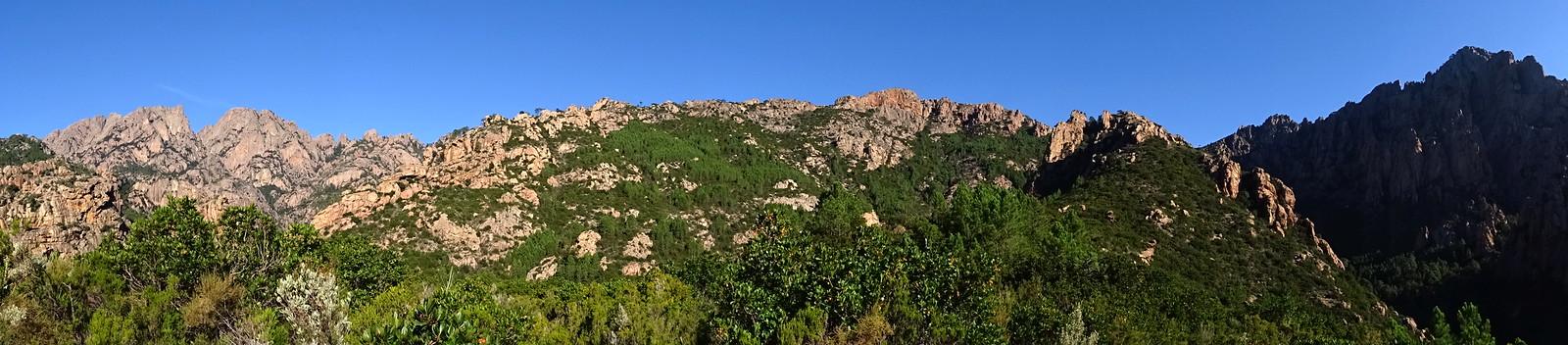 Arrivée au plateau 550m : panoramique