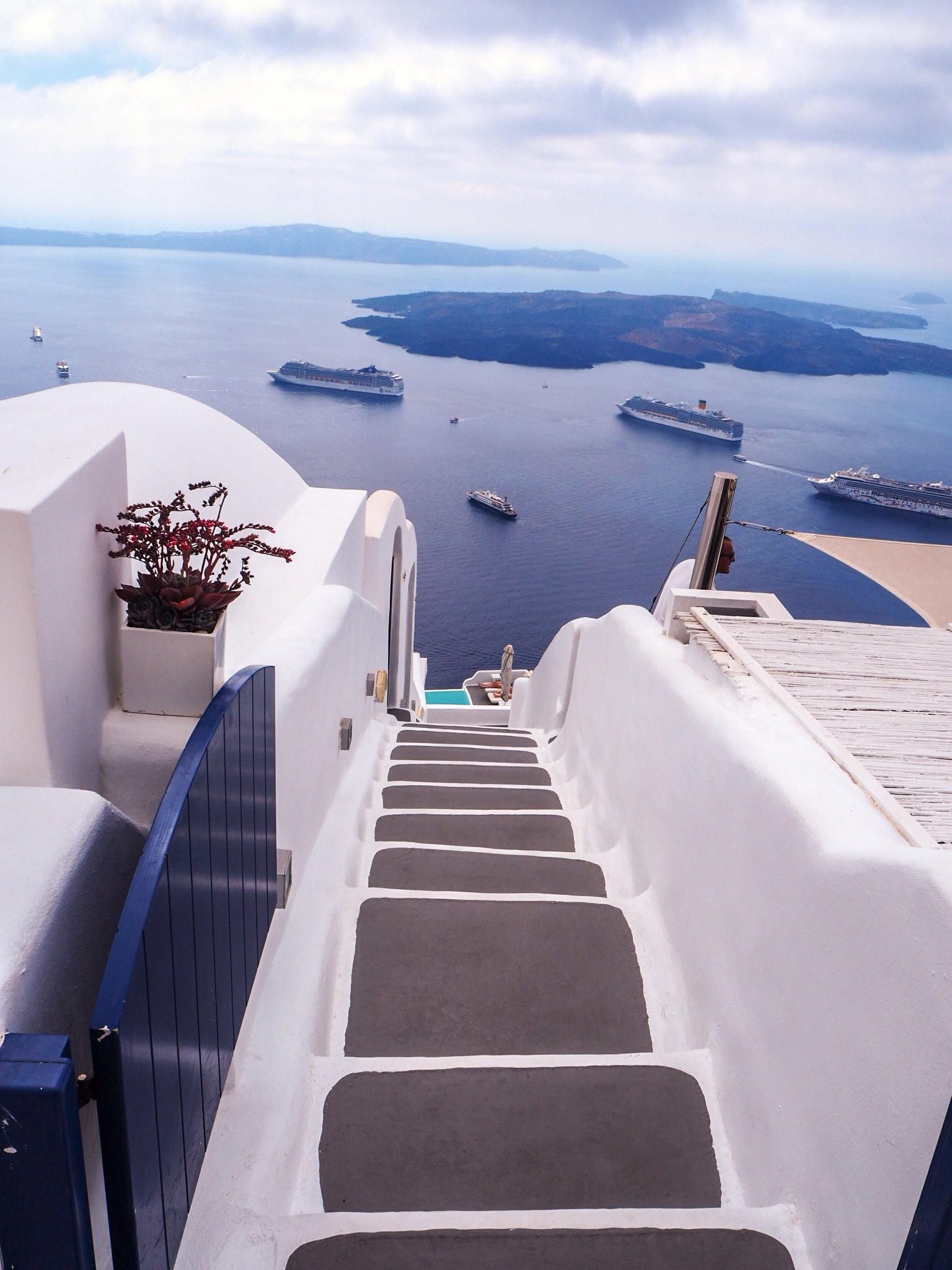 Missä majoittua Santorinilla?