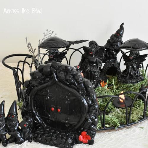spooky-halloween-fairy-garden-decor