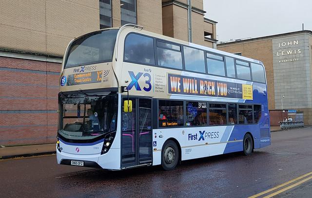 First Glasgow Alexander Dennis Enviro 400 MMC 33984