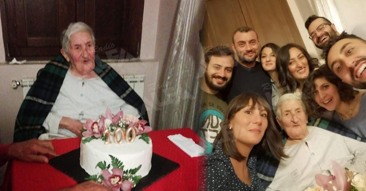 Zia Filomena (Zi Filimea) festeggia i cento anni con tutti i nipoti
