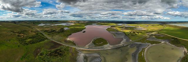 0607 pano Pink Lake SA