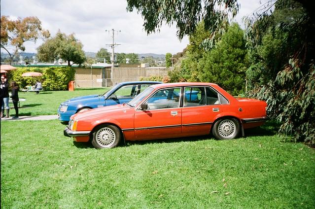 Holden Commodore (VC) (photo 2)