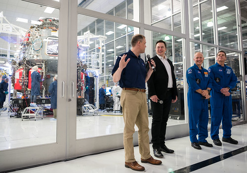 NASA Administrator Visits SpaceX HQ (NHQ201910100015)