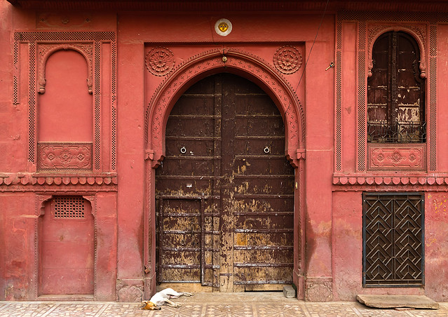 Beautiful wodden door of a haveli in the old city, Rajasthan, Bikaner, India