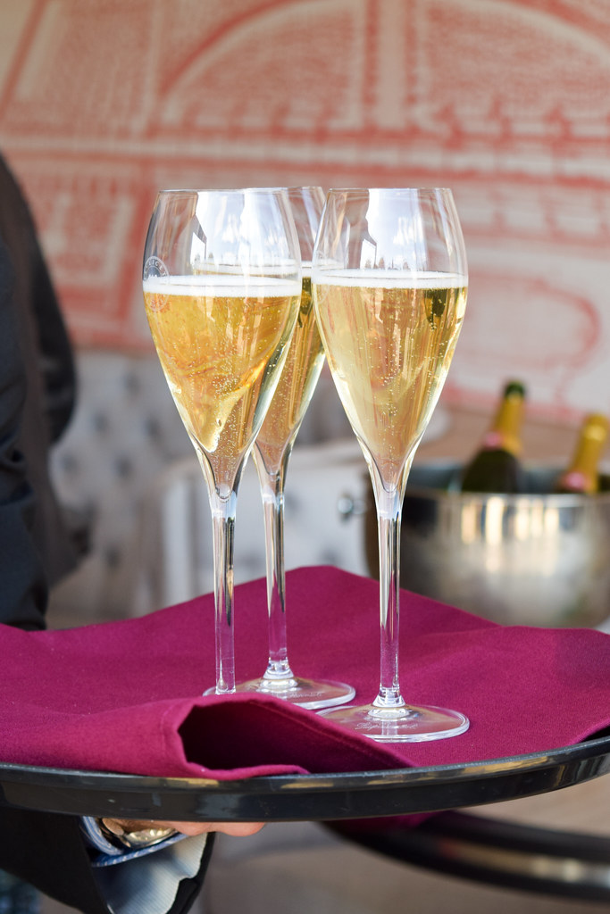 English Sparkling Wine at Squerryes Vineyard and Winery