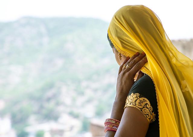 Rajasthani woman in sari in Jaigarh fort, Rajasthan, Amer, India